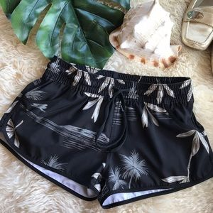 Shorts ⭐️5 for $25⭐️